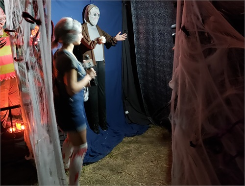 "Another live segment at the end of SH inside ""Jason's"" room"