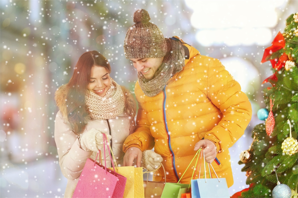 Stay Out of the Red: How to Budget Holiday Spending