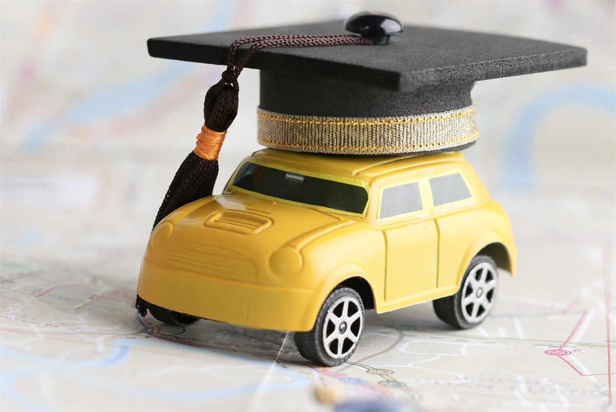 10 Safest and Most Affordable Cars and SUVs to Insure for College Grads