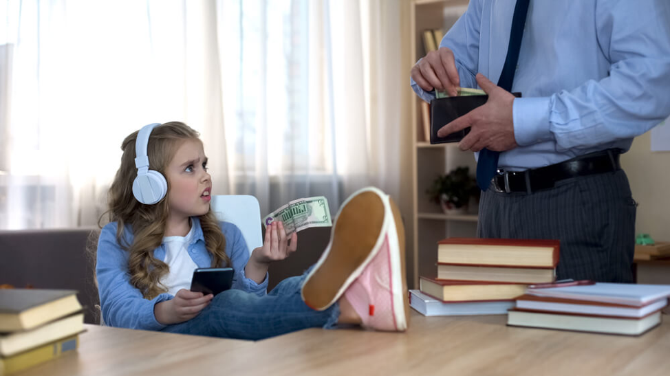 Teaching Financial Literacy for Kids: Financial Tips for Pre-Teens