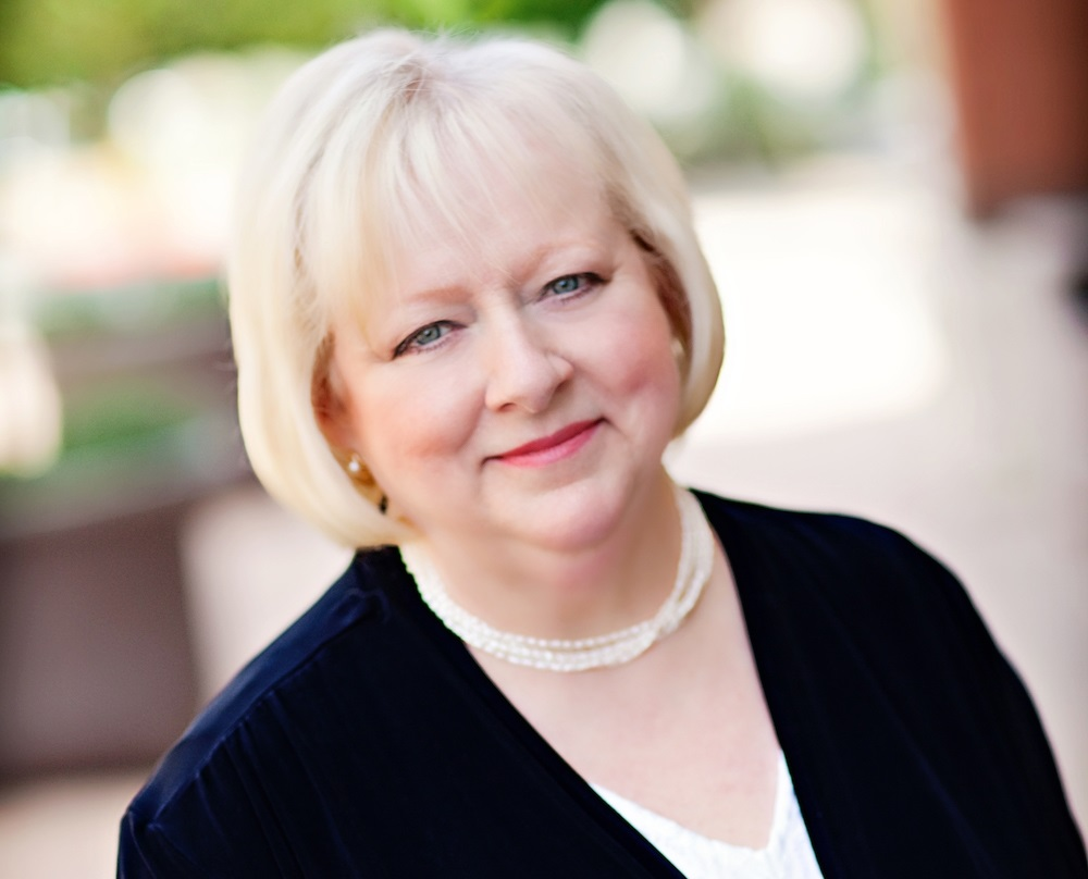 Susan Talbott Discusses Financial Considerations for Second Homes with Arizona Foothills Magazine