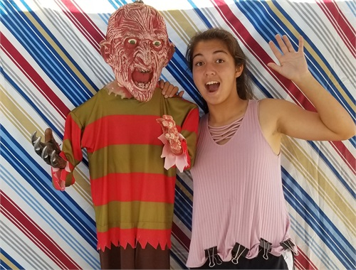 LT just hanging out with Freddy