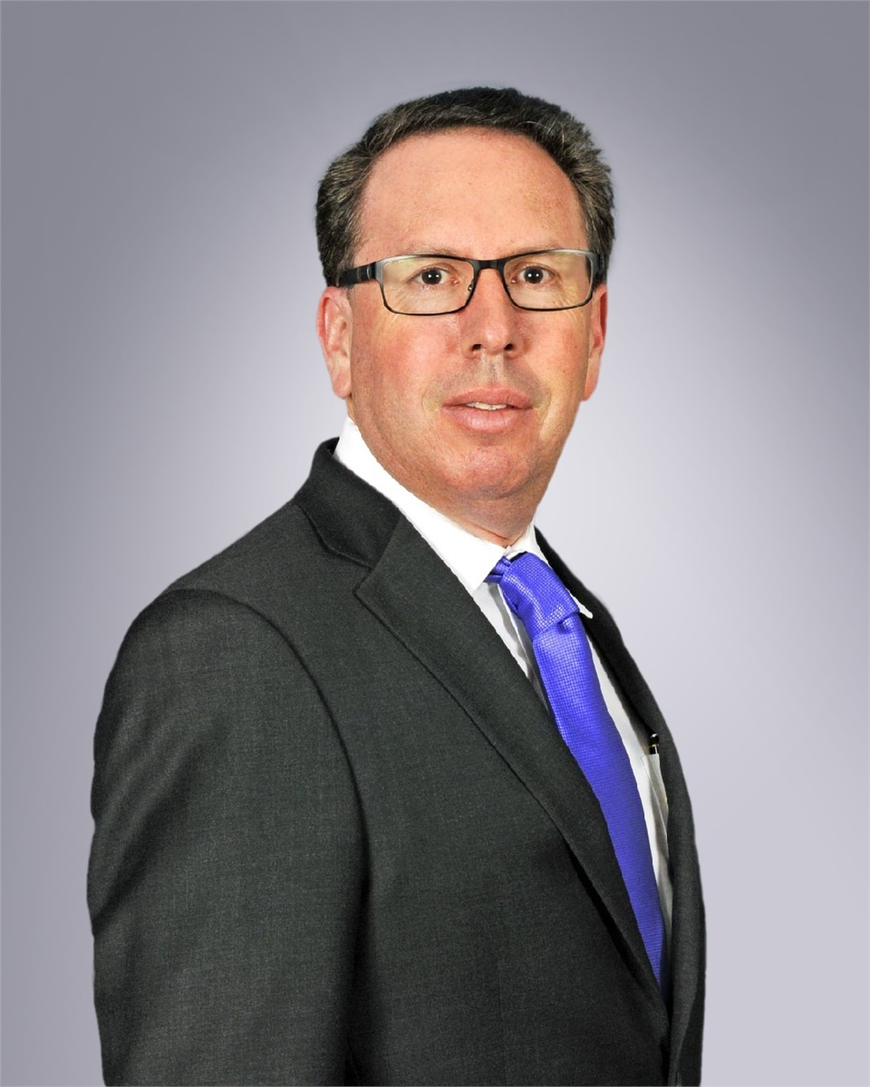 NEIL E. WEISS NAMED MANAGING PARTNER PALM BEACHES