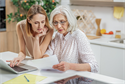 Managing Elderly Parents Money While Avoiding Potential Pitfalls